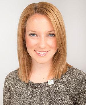 Lindsey Horvath '04