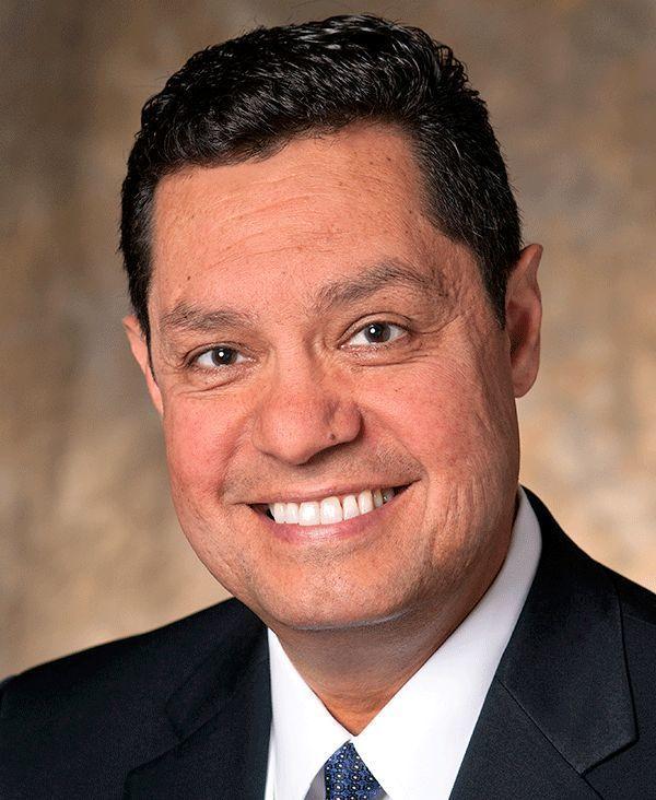 Luis Fraga 600