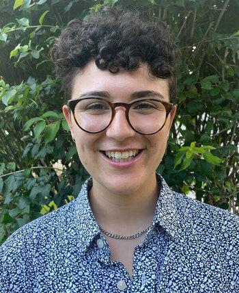 Sara Ferraro Headshot