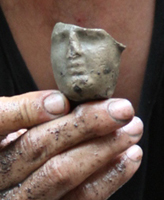 Discovery of the goddess figurine